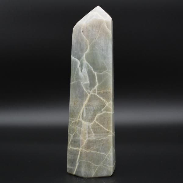 Garnierite stone